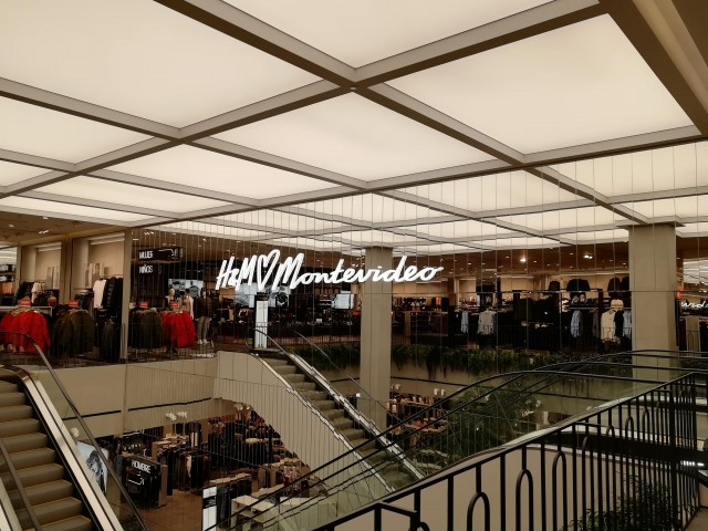 H&M Punta Carretas Shopping